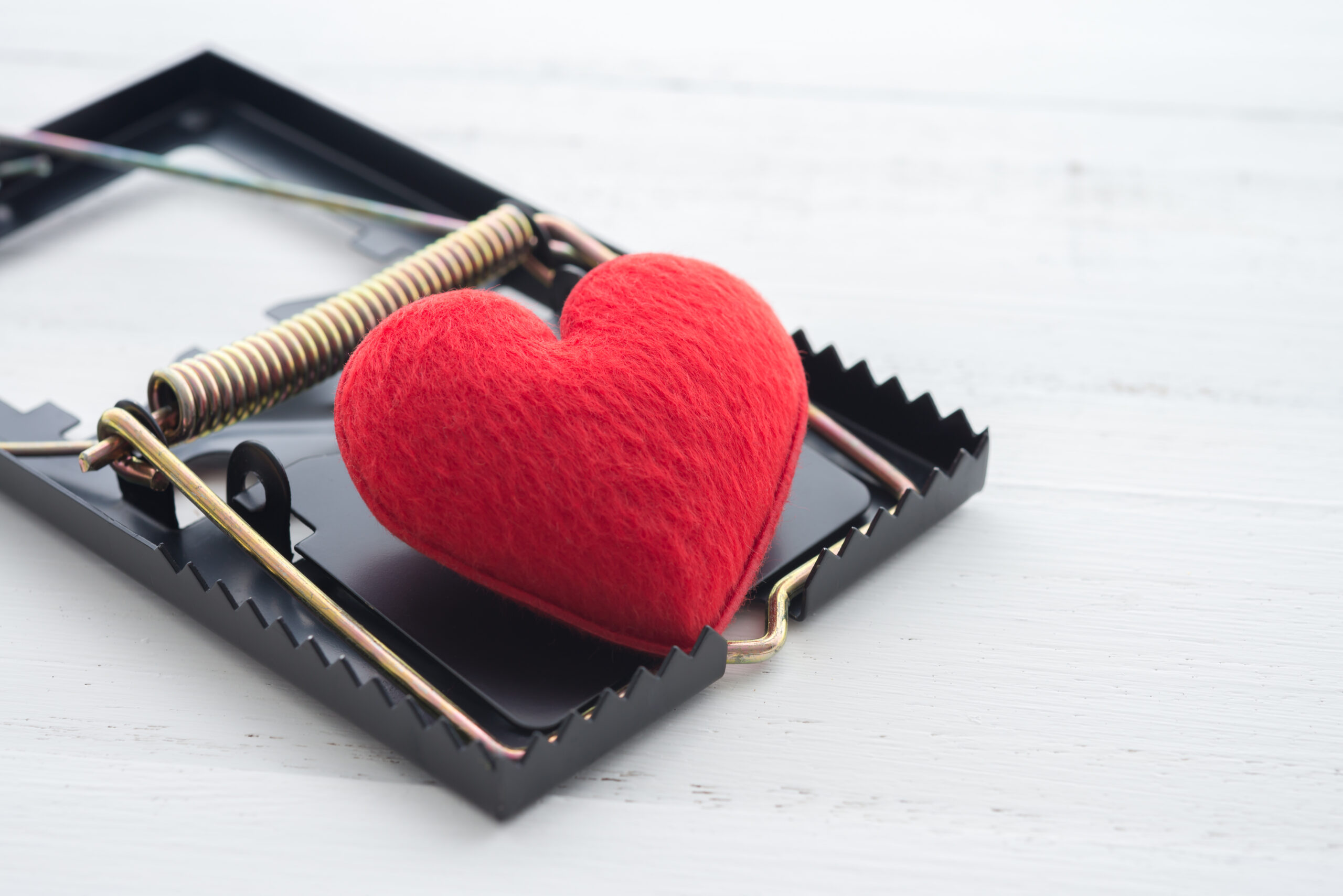 Don't be a victim of an online dating scam